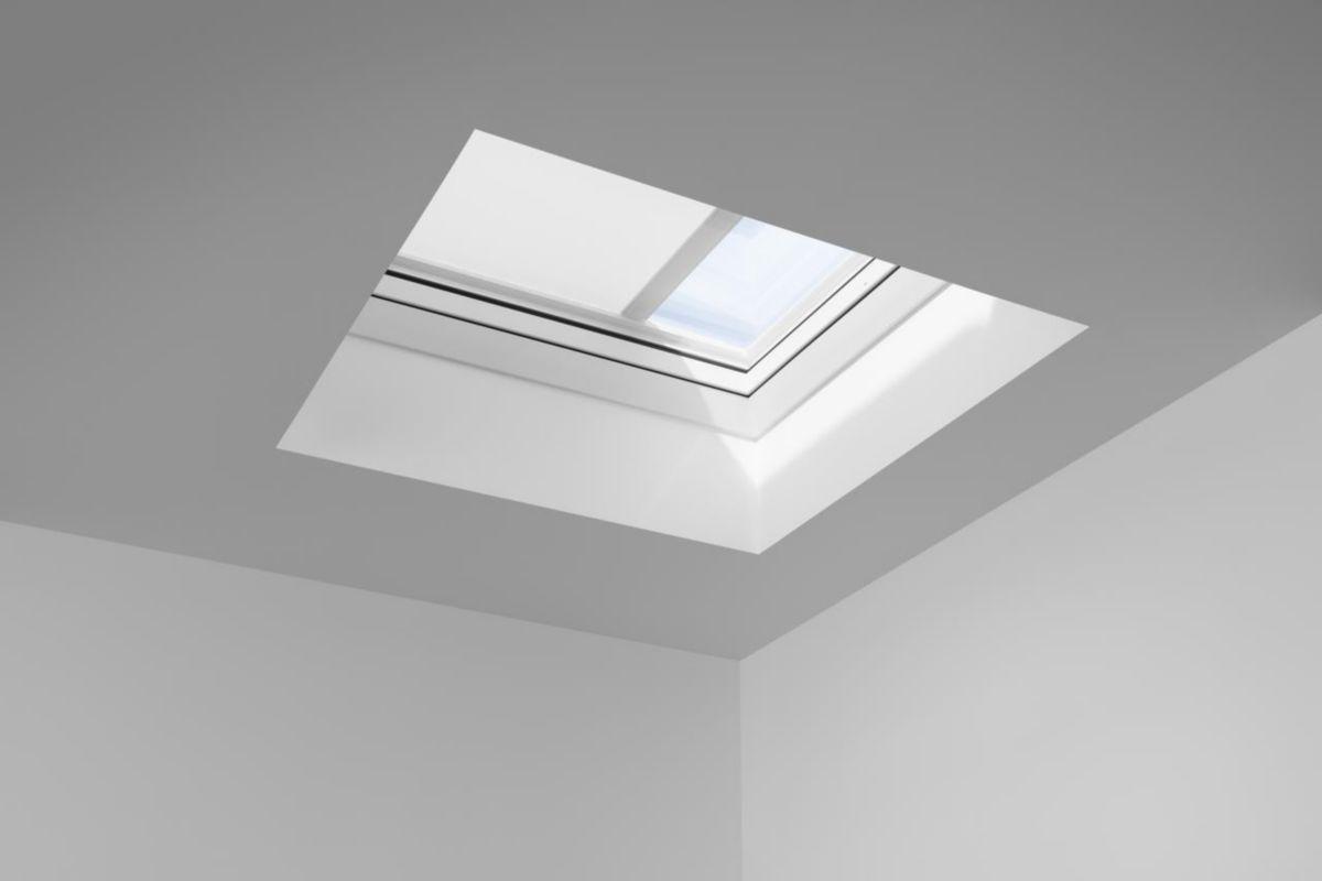 Velux Fenêtre à Ouverture Motorisée Pour Toit Plat Cvp 120x120
