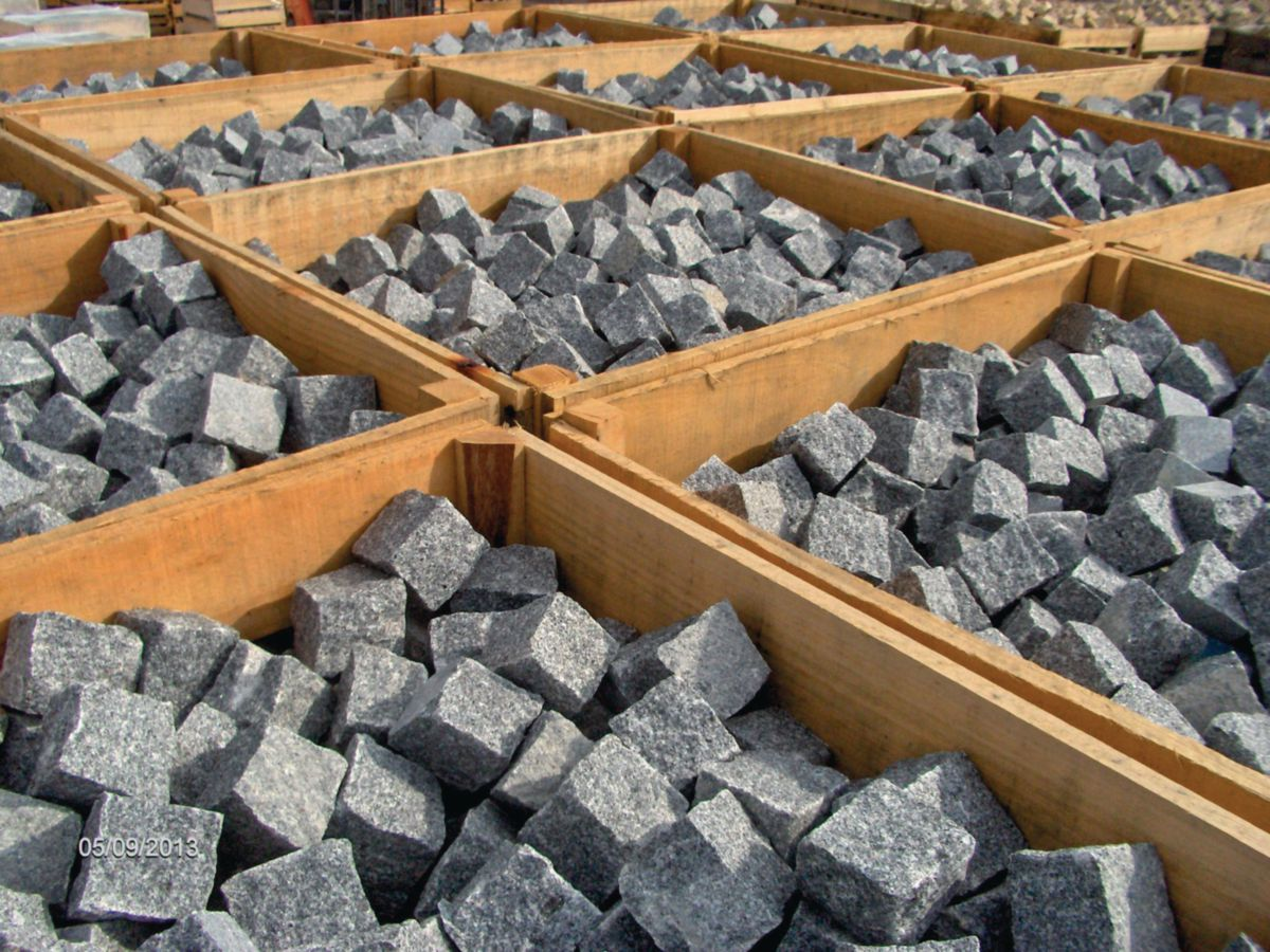 anjou granit import pav sol ext rieur granit gris bleu. Black Bedroom Furniture Sets. Home Design Ideas