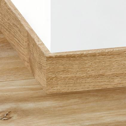 quick step plinthe pour parquet vinyle 40033 l 2 m. Black Bedroom Furniture Sets. Home Design Ideas