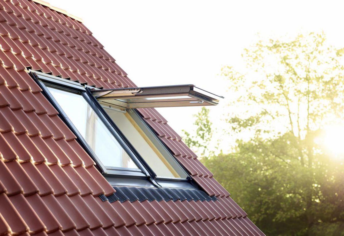 Velux fen tre de toit projection gpl tout confort for Velux 78x98 prezzo