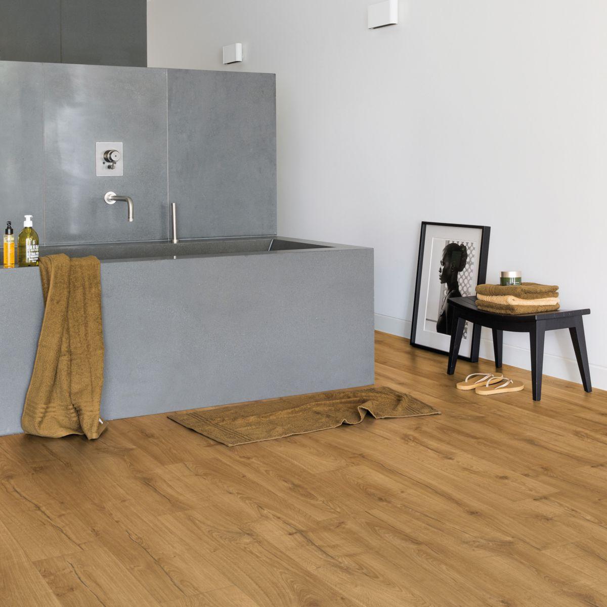 quick step rev tement de sol stratifi impressive im1848. Black Bedroom Furniture Sets. Home Design Ideas