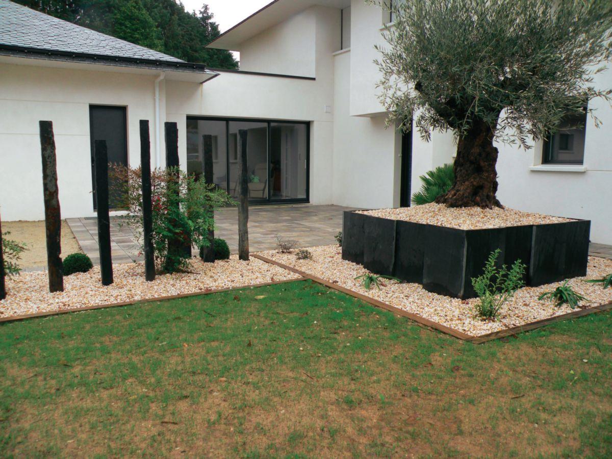 bordure jardin fer plat meilleures id es pour la conception et l 39 ameublement du jardin. Black Bedroom Furniture Sets. Home Design Ideas