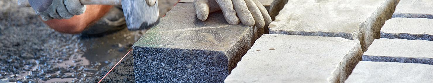 Bien choisir ses pavés et ses dalles béton ou pierre naturelle