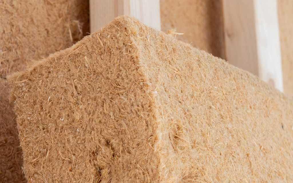 Isolation en fibres de bois