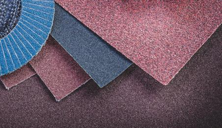 Feuilles et disques de papier de verre de différentes couleurs