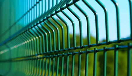 Panneau de grillage métallique vert