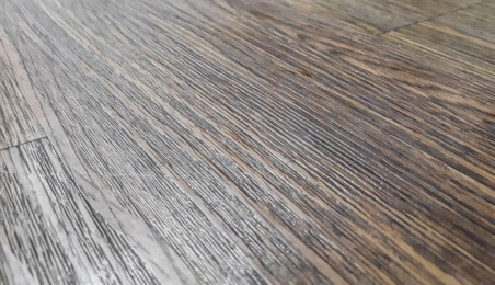 Sol en PVC décor bois brut