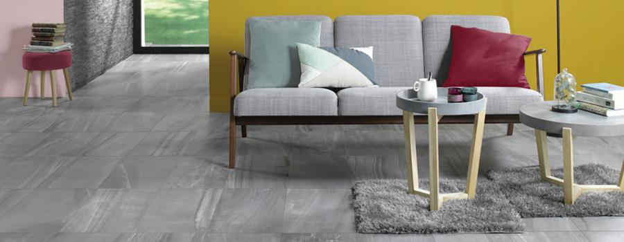 Salon moderne avec carrelage effet pierre