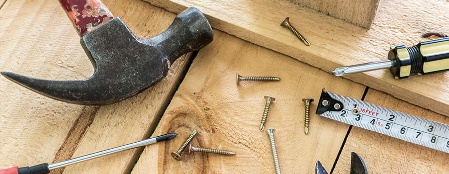 parquet avec des outils posés